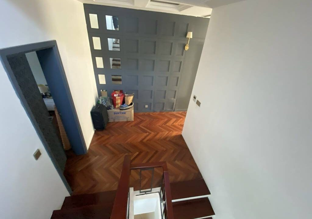 Bán biệt thự Ciputra khu T2, nội thất siêu xịn, gần trường học quốc tế (25)