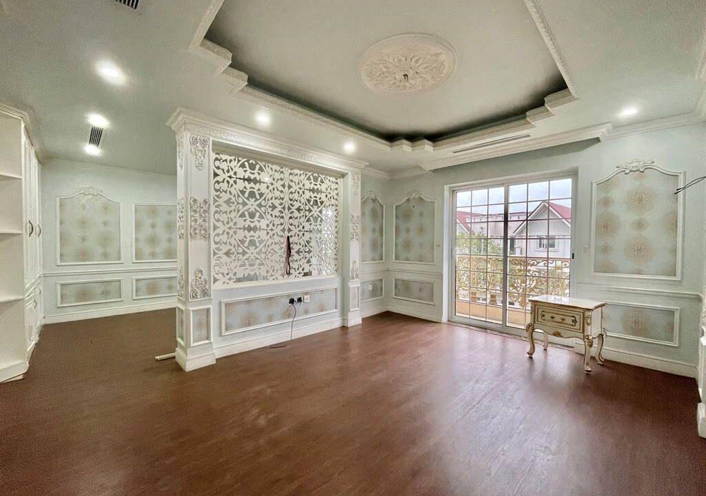 Bán biệt thự Vinhomes Riverside siêu đẳng cấp 225 m2 giá chỉ 34 tỷ (5)