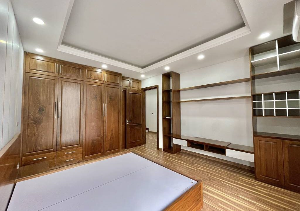 Bán biệt thự liền kề đầy đủ nội thất tại Vinhomes Riverside (10)