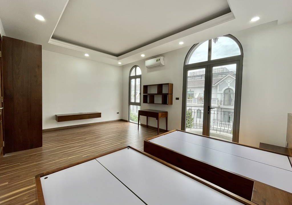 Bán biệt thự liền kề đầy đủ nội thất tại Vinhomes Riverside (11)