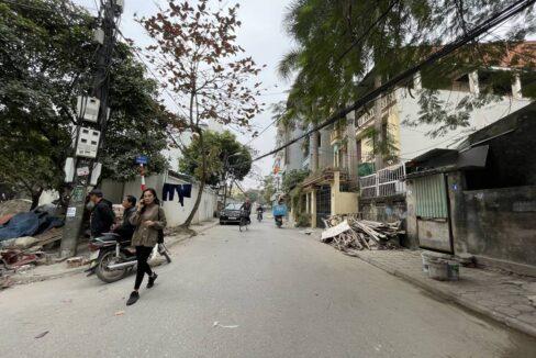 Bán đất Lâm Hạ, Long Biên, mặt ngõ ô tô tránh nhau, giá bán 107trm2 (1)