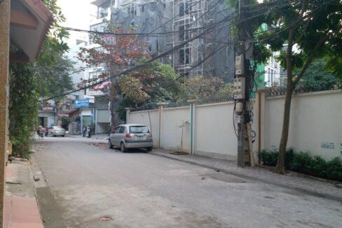 Bán đất kinh doanh mặt đường Hoàng Như Tiếp, dt 170 m2, giá bán 150trm2