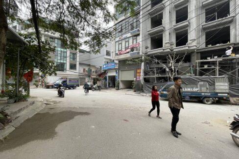 Bán đất ngõ 63 Lâm Hạ, diện tích 161 m2, mặt tiền 8m. Giá bán 107trm2 (3)