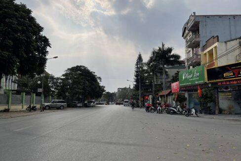 Bán nhà mặt phố Ái Mộ, phường Bồ Đề, quận Long Biên, dt 160m2. Giá 170trm2! (11)