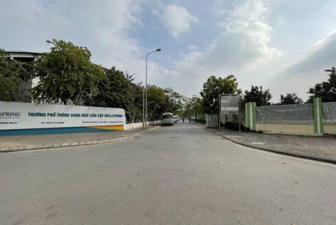 Bán nhà mặt phố Ái Mộ, phường Bồ Đề, quận Long Biên, dt 160m2. Giá 170trm2! (6)