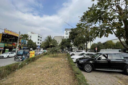 Bán nhà mặt phố Ái Mộ, phường Bồ Đề, quận Long Biên, dt 160m2. Giá 170trm2! (7)
