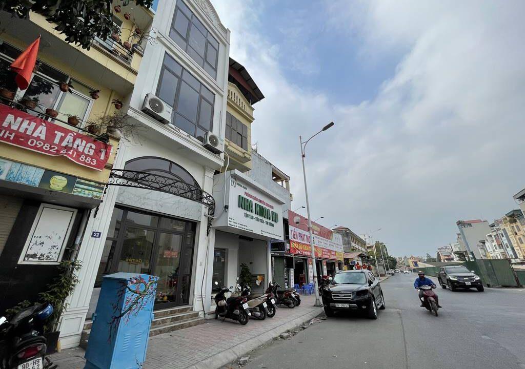 Bán nhà mặt phố Hồng Tiến vị trí HOA HẬU, cam kết kinh doanh tốt (1)