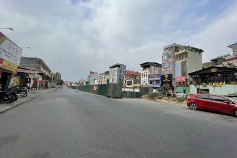Bán nhà mặt phố Hồng Tiến vị trí HOA HẬU, cam kết kinh doanh tốt (4)