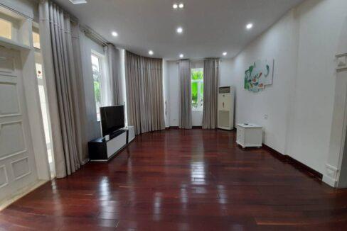 Biệt thự Ciputra khu C1 siêu rộng, diện tích 306m2, đủ đồ cần bán (19)