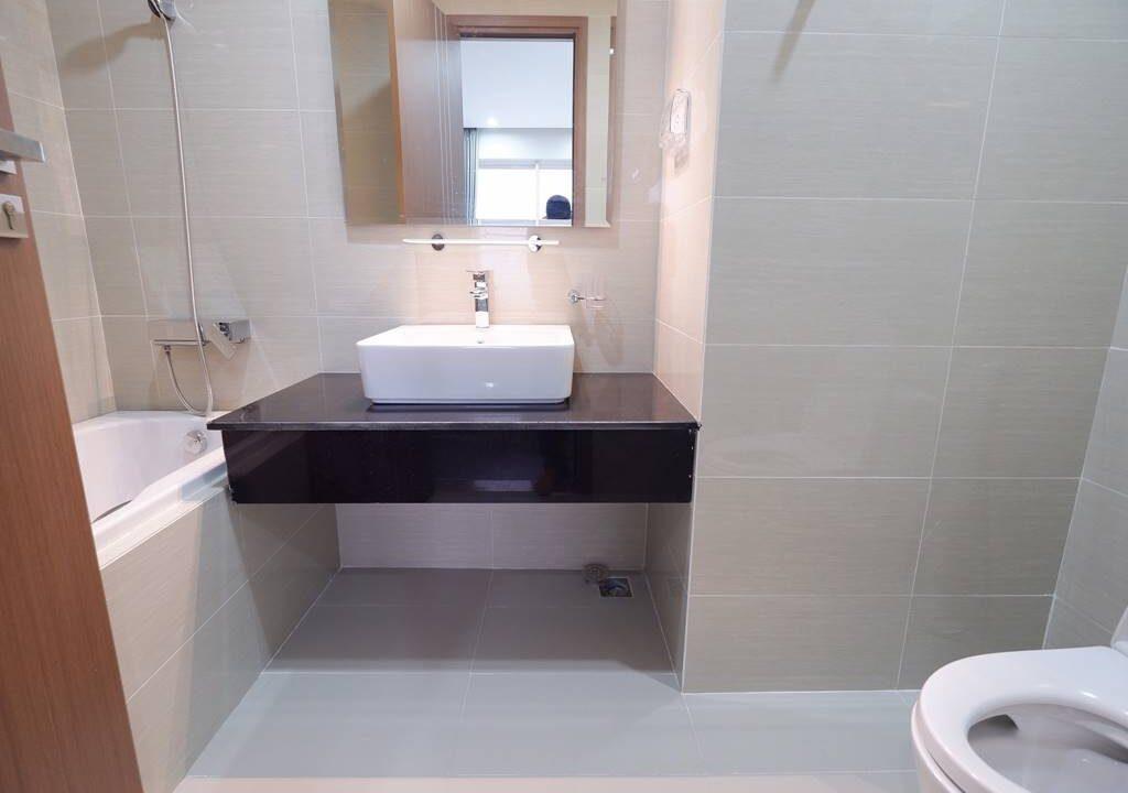 Cần bán căn hộ 114m2 - 3PN - 2VS chung cư L4 Ciputra (16)