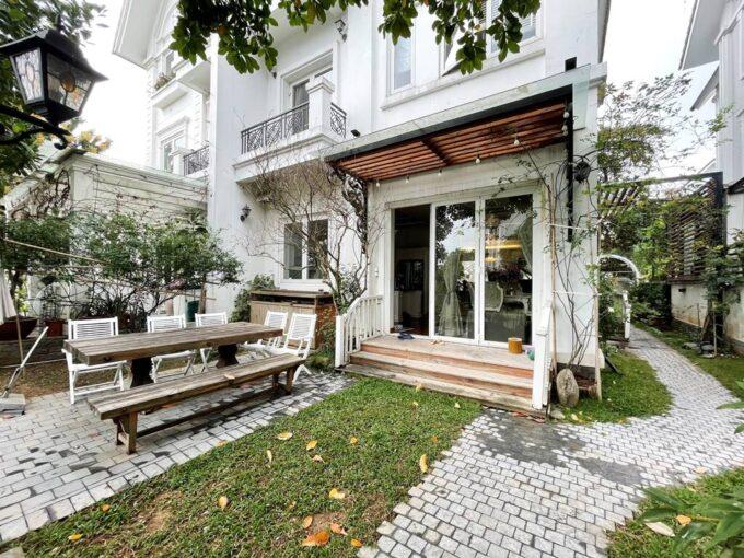 Cho thuê biệt thự Vinhomes Riverside chính chủ căn đẹp giá tốt (1)