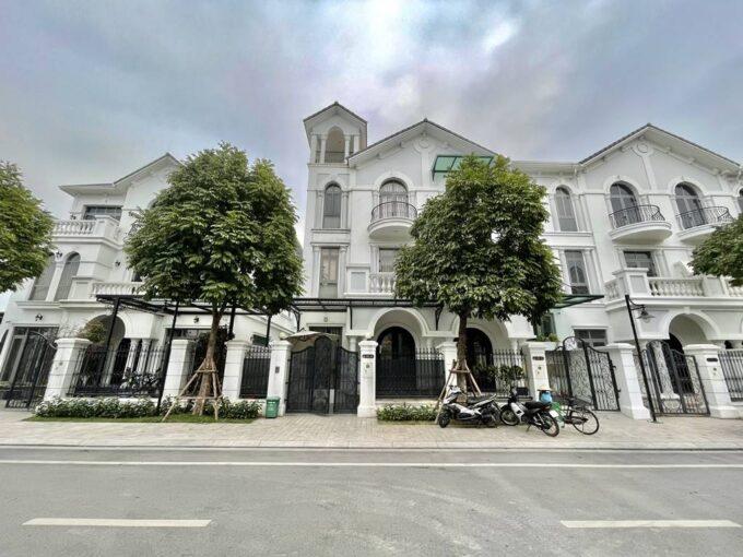 Cho thuê biệt thự song lập đủ đồ tại khu Vinhomes Riverside The Harmony Nguyệt Quế (1)