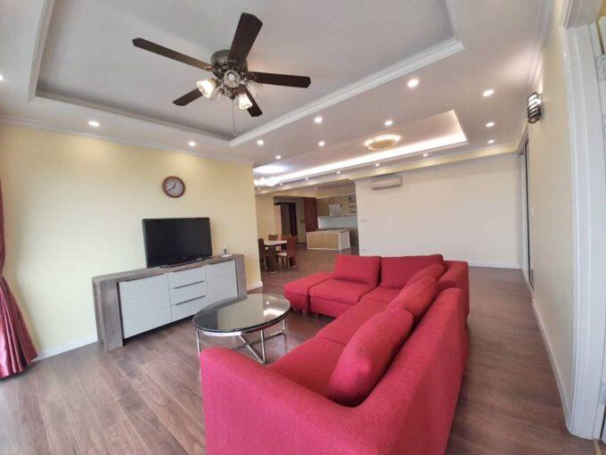 Cho thuê căn hộ đủ đồ, tầng trung tòa E1 Ciputra (1)