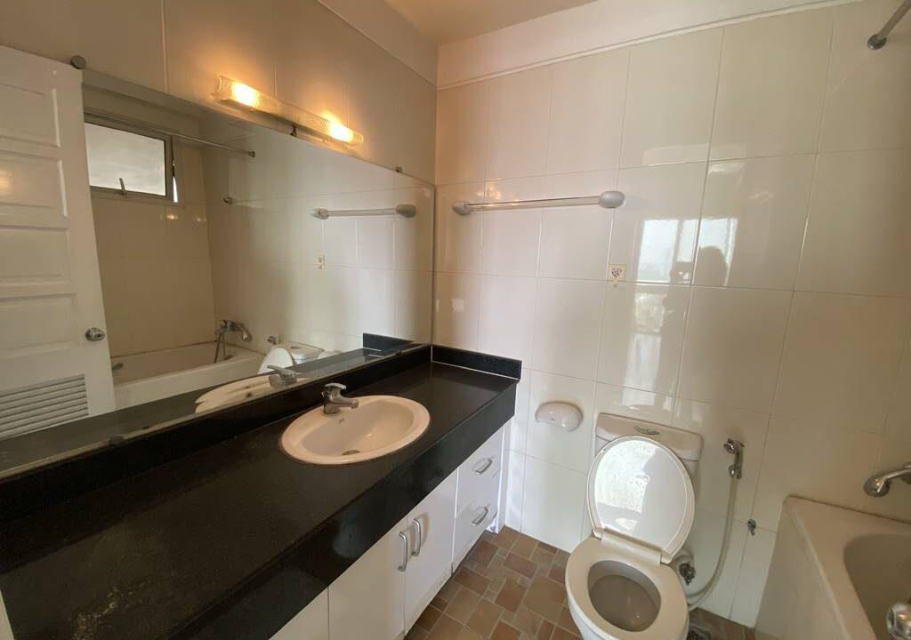 Gia đình bán căn hộ 123m2, 3 phòng ngủ tòa E4 Ciputra (7)