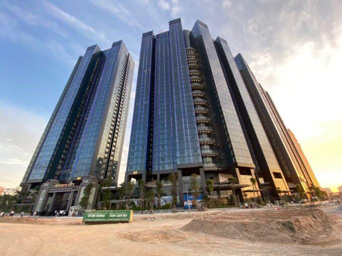 Bán cắt lỗ căn hộ Sunshine City tòa S1, 3 phòng ngủ, view Sông Hồng cực đẹp