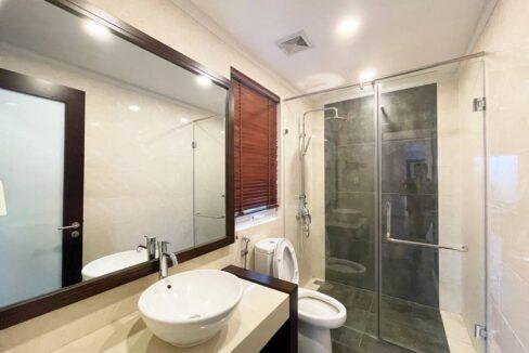 Biệt thự song lập cho thuê Vinhomes Riverside, 225m2, 4PN & 5VS (11)