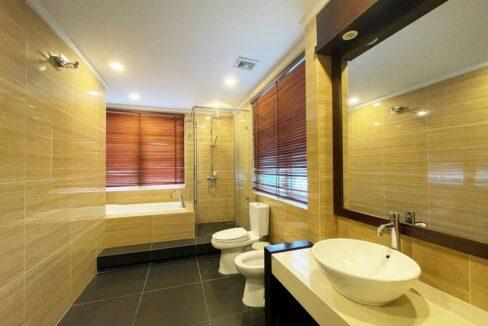 Biệt thự song lập cho thuê Vinhomes Riverside, 225m2, 4PN & 5VS (13)