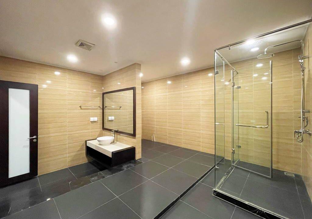 Biệt thự song lập cho thuê Vinhomes Riverside, 225m2, 4PN & 5VS (14)