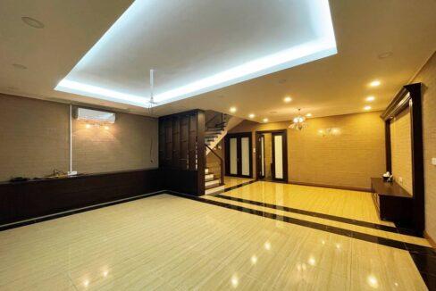 Biệt thự song lập cho thuê Vinhomes Riverside, 225m2, 4PN & 5VS (5)