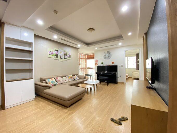 Cho thuê căn hộ 123m2 tòa nhà E1, Ciputra Hà Nội (1)