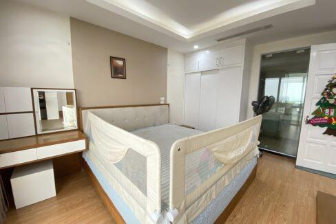 Cho thuê căn hộ 123m2 tòa nhà E1, Ciputra Hà Nội (12)