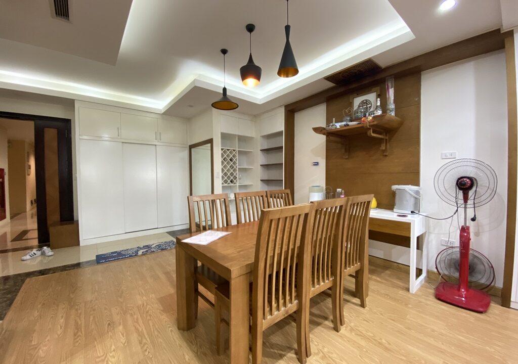 Cho thuê căn hộ 123m2 tòa nhà E1, Ciputra Hà Nội (8)