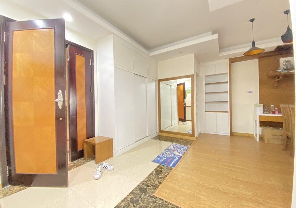 Cho thuê căn hộ 123m2 tòa nhà E1, Ciputra Hà Nội (9)