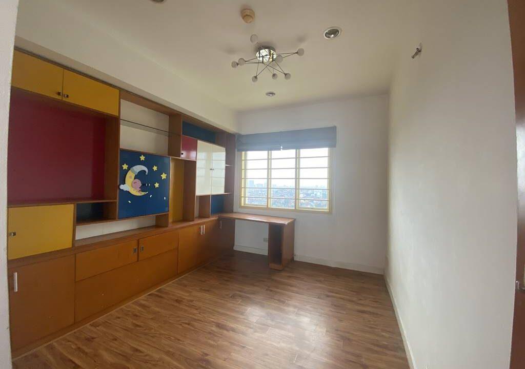 Bán căn hộ 3 phòng ngủ, đồ cơ bản, chung cư G2 Ciputra (11)