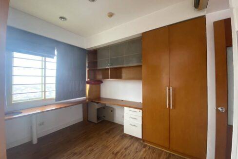Bán căn hộ 3 phòng ngủ, đồ cơ bản, chung cư G2 Ciputra (12)