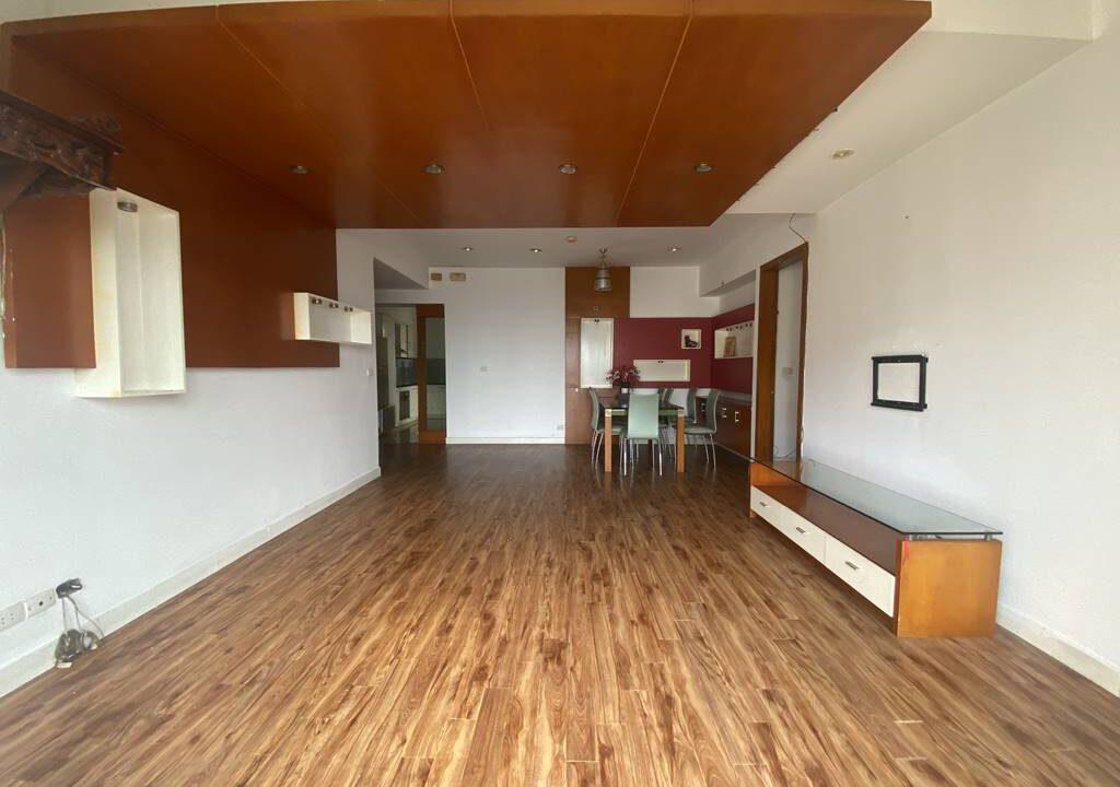 Bán căn hộ 3 phòng ngủ, đồ cơ bản, chung cư G2 Ciputra (5)