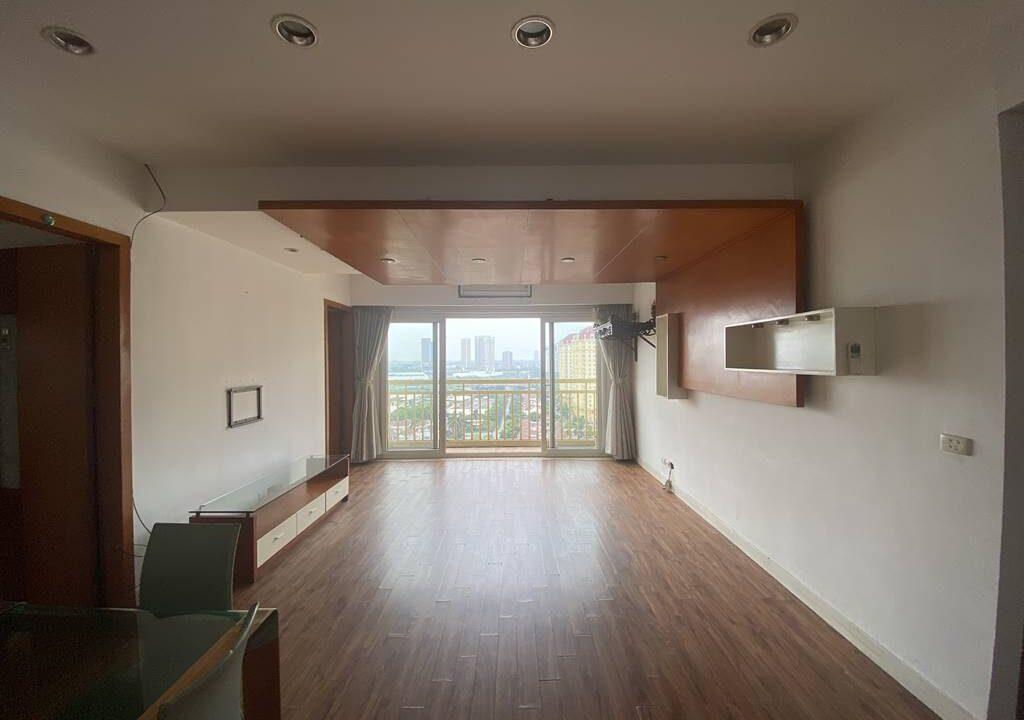 Bán căn hộ 3 phòng ngủ, đồ cơ bản, chung cư G2 Ciputra (6)