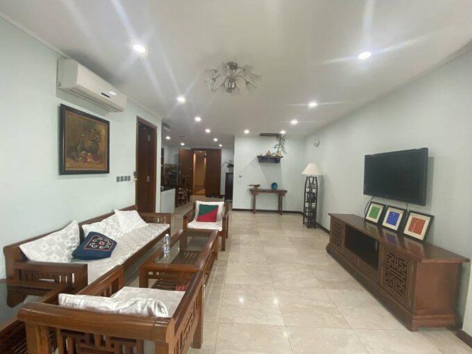 Bán chung cư L2 Ciputra, 114m2, 3 phòng ngủ, đầy đủ đồ (1)