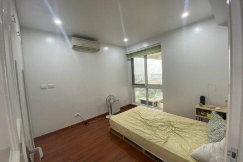Bán chung cư P2 Ciputra, diện tích 145m2, 3 ngủ, đồ cơ bản (9)