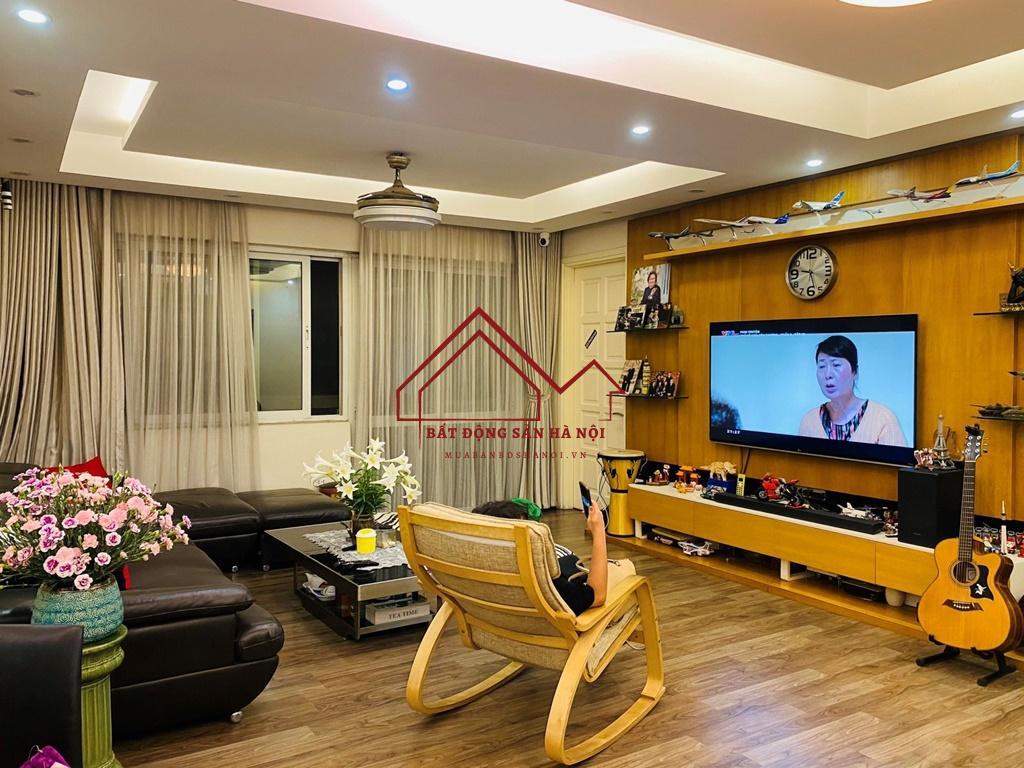 Chung cư E4 Ciputra bán, 153m2, 4 phòng ngủ, nội thất đẹp