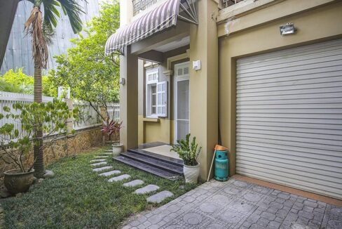 Bán biệt thự Ciputra khu T, 5 phòng ngủ & 4 vệ sinh, giá 180trm2 (1)