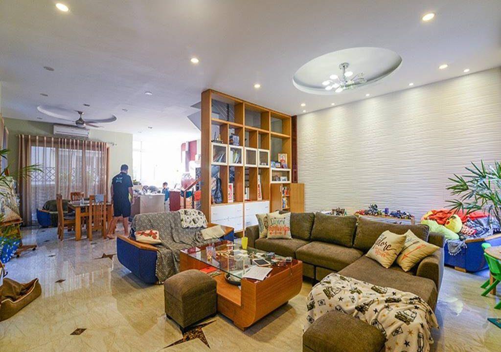 Biệt thự Anh Đào cho thuê Vinhomes Riverside (4)