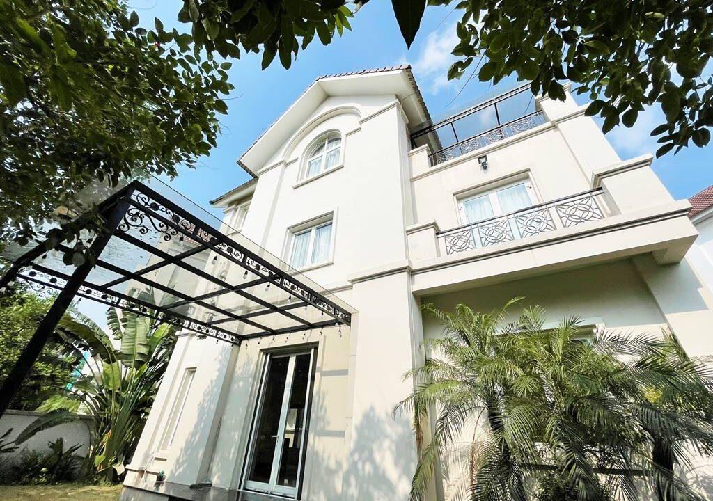 Cho thuê biệt thự đơn lập không đồ tại KĐT Vinhomes Riverside (2)