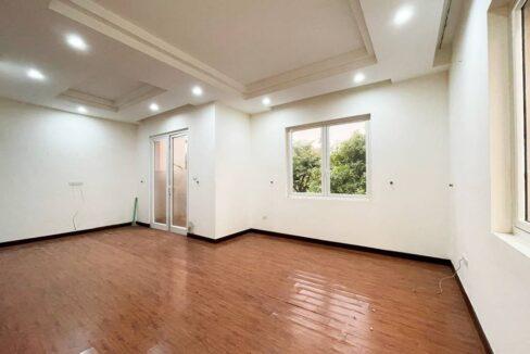 Cho thuê biệt thự không đồ Vinhomes Riverside - 225m2 - view sông (10)