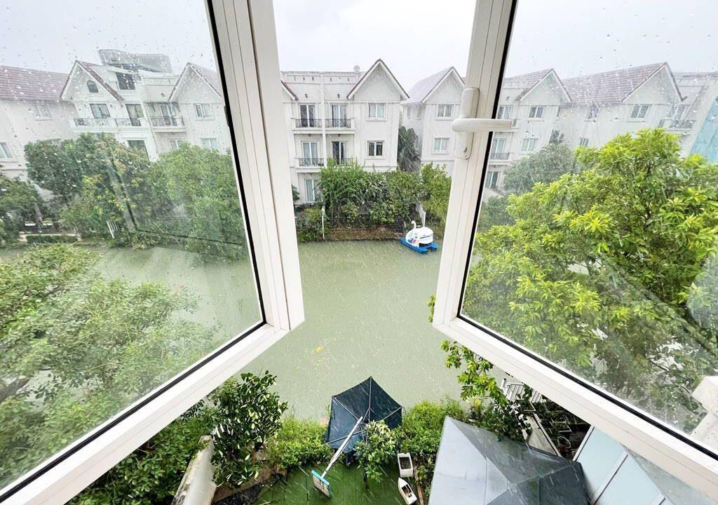 Cho thuê biệt thự không đồ Vinhomes Riverside - 225m2 - view sông (16)